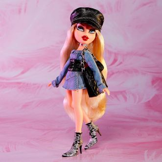 Bratz Collector Cloe Promo Photo