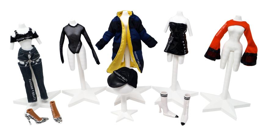 Bratz Collector Sasha Clothes