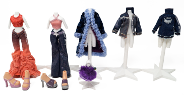Funk 'N' Glow Wave 2 Cloe Clothes and Shoes