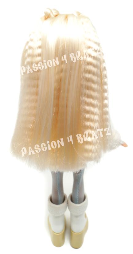 Wintertime Wonderland Wave 1 Cloe Hairstyle