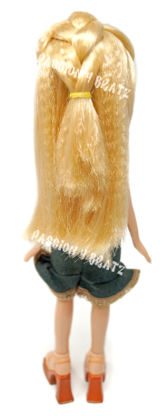 Strut It 2003 Cloe Hairstyle